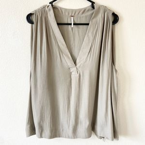 Free People Sleeveless Blouse Medium Pleated